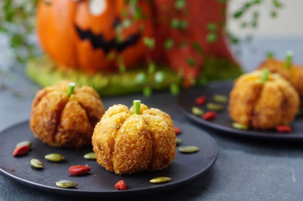 出来たてモッツァレラとかぼちゃのコロッケ|簡単レシピ