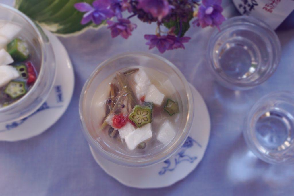 出来たてモッツァレラとじゅんさいのジュレ|簡単レシピ