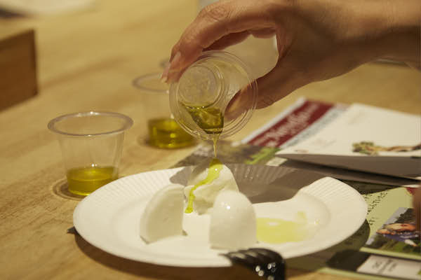 sicilian olive oil and mozzarella