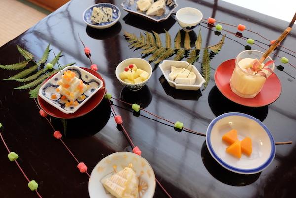 豆皿や小さな器に盛るだけ!おつまみチーズが、グッと素敵に。| お正月編
