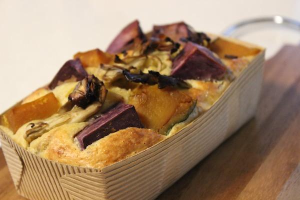 チーズたっぷりの「秋色ケークサレ」| 季節のレシピ