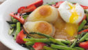 イチゴとアスパラに、チーズ&たまご。春の温野菜サラダ|こだわりレシピ