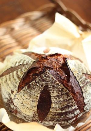 ライ麦が多めに入ったパン・ド・カンパーニュ