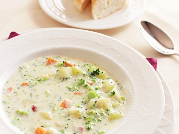 チーズでホッとするクリームチャウダー。寒い冬に身体を温めて | 簡単レシピ