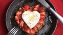 作ってみました!ハートのモッツァレラと、バレンタインのカプレーゼ。