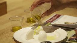 """""""トマトの香りがする""""シチリアのオリーブオイルを知っていますか?"""