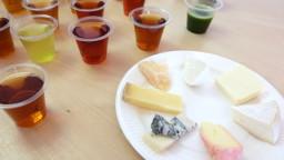 7種類のチーズと5種類のお茶。美味しい組み合わせはどれ?《後編》